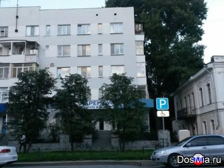Сдам благоустроенную квартиру в центре города