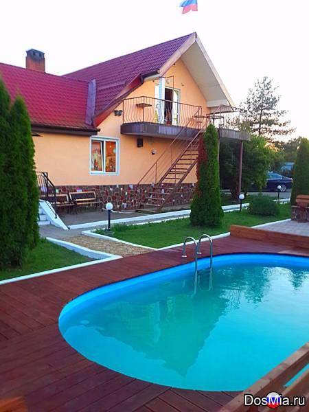Гостевой дом в г. Черняховске (бани, бассейны, гостевые номера).