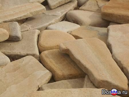 Камень песчаник природный окатанный