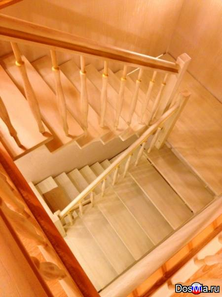 Лестницы, паркет, мебель, фурнитура.