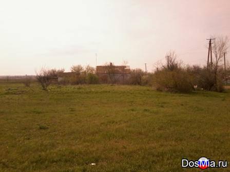 Продам в Крыму в обжитом населенном пункте приусадебный участок 32 сотки