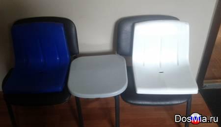 Пластиковые сиденья со спинкой и без для спортсооружений