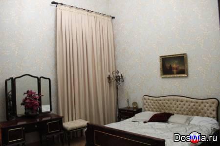 Сдам большую 3-к квартиру 100 м2 посуточно летом, Феодосия, Крым.