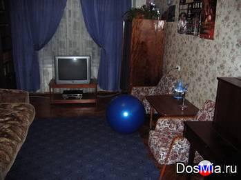 Большая комната (21 м2) посуточно в центре С-Петербурга м. Василеостровская