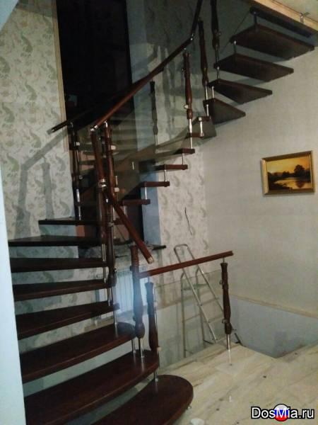 Лестницы от производителя из массива ясеня, дуба, сосны.
